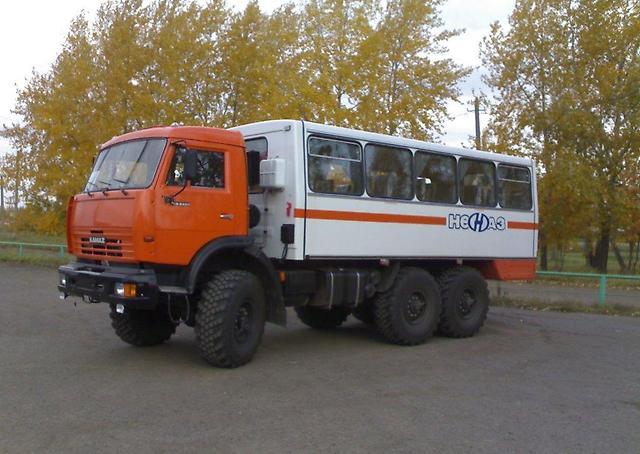 Вахтовый автобус «НЕФАЗ 4208-13» на базе «Камаз 43114»
