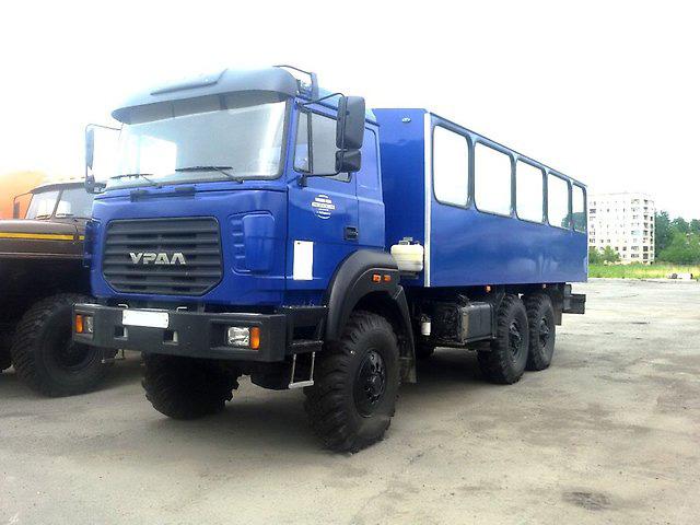 Вахтовый автобус «Урал 3255-3013-79»