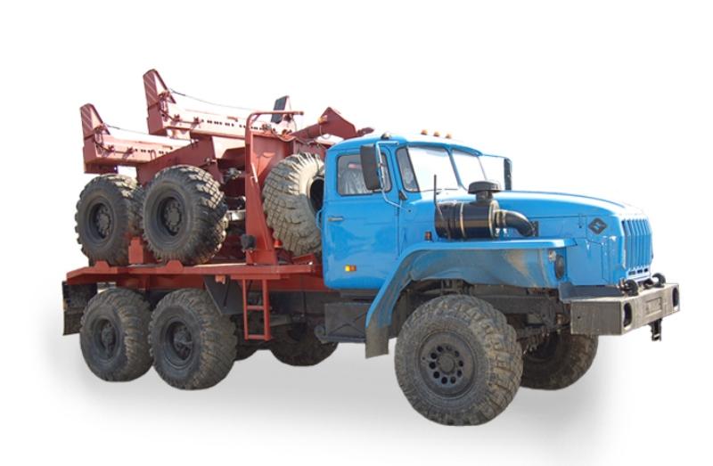 Лесовозный автопоезд с прицепом-роспуском 4456R2 на шасси Урал 55571-1151-60М
