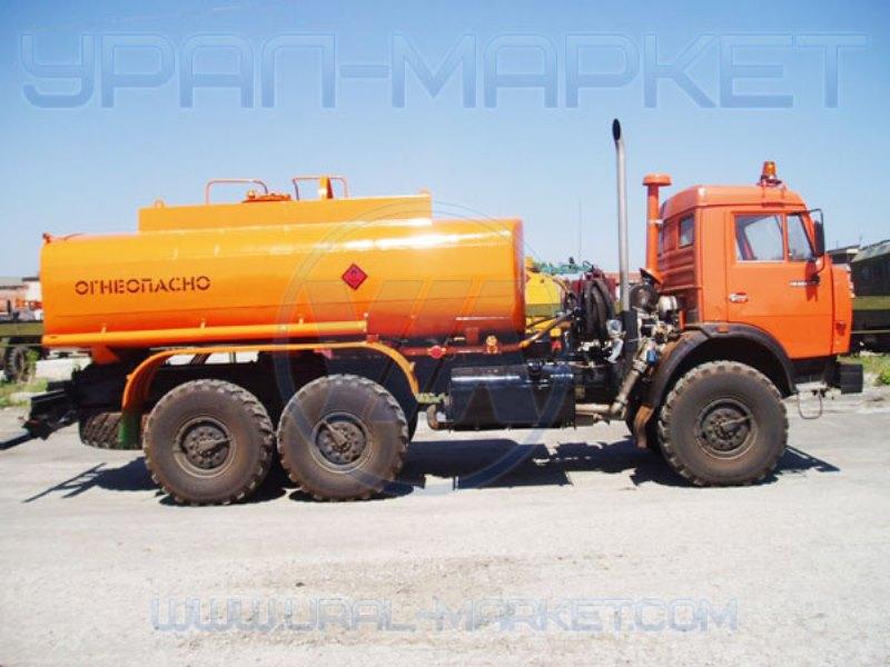 Автоцистерна нефтепромысловая АЦН-10 «Камаз 43118», вид с боку